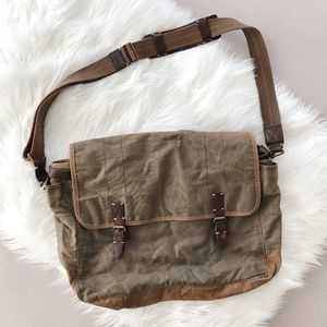 Men's J.Crew Messenger Bag